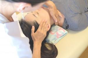 横浜戸塚のアトピー肌OKの小顔矯正&整体